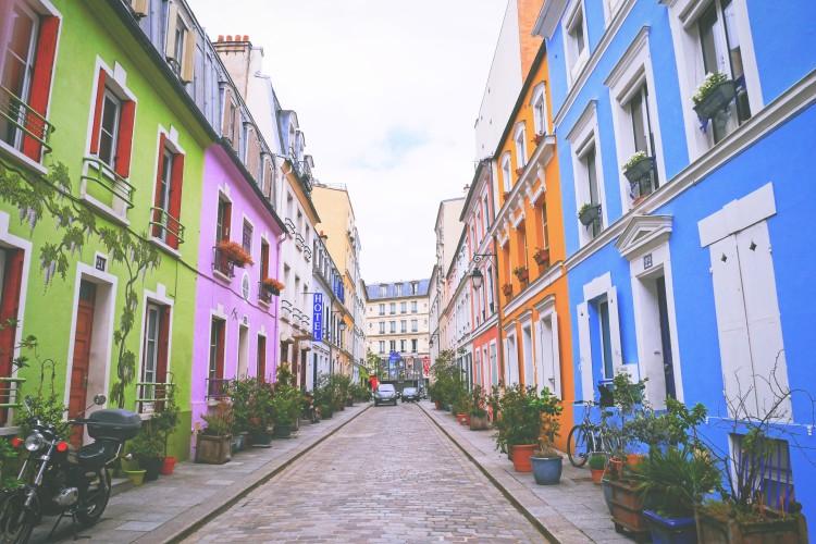 Paris saturday 4