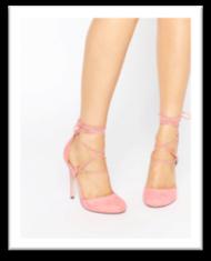Chaussures fermées roses poudrées à brides